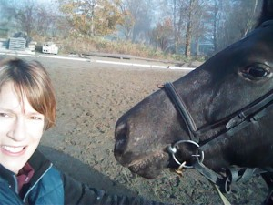 An adorable selfie of SAFE volunteer Lisa with Misty.